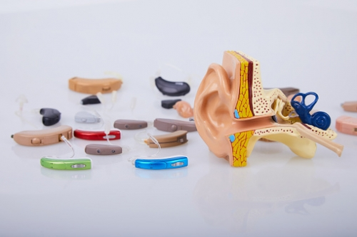 Prothèses auditives.jpg